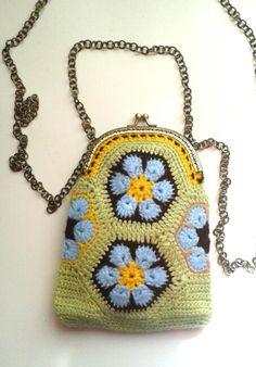 Monedero bolso flor africana