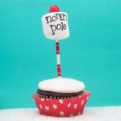 North Pole cupcakes   The Decorated Cookie