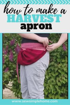 Make gardening easier this year with your own gardening or harvest apron pattern. Use it down as a simple apron sewing pattern or tie it up as an egg gathering apron or a harvest apron. Small Sewing Projects, Sewing Projects For Beginners, Sewing Tutorials, Sewing Crafts, Sewing Tips, Bag Patterns To Sew, Sewing Patterns Free, Free Sewing, Pattern Sewing