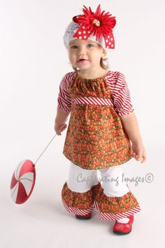Such a cute Christmas outfit for babies! <3
