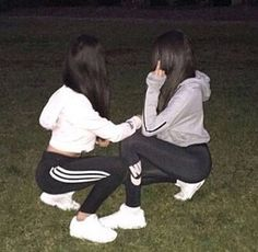 Image de girl, adidas, and nike Cute Friend Pictures, Friend Photos, Best Friend Fotos, Friend Tumblr, Tumblr Photography, Korean Photography, Party Photography, Cute Friends, Friend Goals