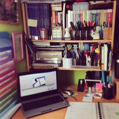 Mi sitio para trabajar este verano... ¡Cómo echaba de menos mi habitación!  #ideassoneventos #casa #hogardulcehogar #descanso #relax #disfrutar #descanso #desconexión #feliz #relax #vacaciones #holidays #asturias #paraísonatural