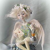 """Купить или заказать Кукла из шерсти """"И на камнях растут цветы..."""" в интернет магазине на Ярмарке Мастеров. С доставкой по России и СНГ. Материалы: 100% шерсть, волокна шёлка, бисер,…. Размер: высота композиции 26 см"""