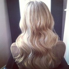 Wavy Blonde Balayage - Hairstyles How To