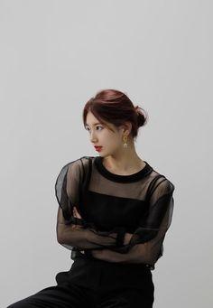 Korean Actresses, Korean Actors, Actors & Actresses, Instyle Magazine, Cosmopolitan Magazine, Black Love Art, Bae Suzy, Famous Girls, K Idol