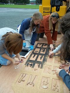 Inking up by amysterly, via Flickr Cut & glue down CORK to make a huge print!!! Like a Tiki mask!! Use w/ 7/8th graders!