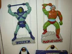 MOTU wall decor