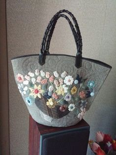Japanese Bag, Beautiful Bags, Straw Bag, Purses And Bags, Quilts, Handmade Fabric Purses, Purses, Totes, Blue Prints