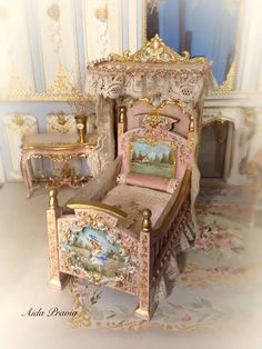 Rose-colored cradle painted in oil with antique tiptoe on the sides, headboards with infantile images. Reliefs in gold, canopy in wood painted with flowers on top and topped with old tiptoe. by AIDAPRAVIA (Etsy) Baby Furniture, Paint Furniture, Doll Furniture, Dollhouse Furniture, Children Furniture, Victorian Dolls, Victorian Dollhouse, Diy Dollhouse, Dollhouse Miniatures