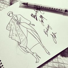 #sketching away with my new #caligraphy #pen #doodle #draw #sketch @burberry #prorsum #burberryprorsum #inspiration #illustration #pendrawing #pencildrawing #fw14 #london#Burberry #womenswear #fw14 #christopherbailey #일러스트 #패션 #london #doodle #drawing #instaart #dailyart #inspiration #버버리 #패션일러스트 #스케치 #그림 #데일리룩