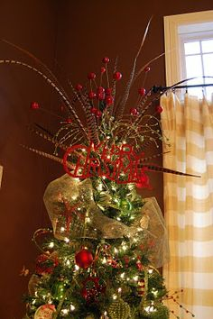 Make A Tree Topper Christmas Bow