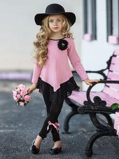 Frocks For Girls, Little Girl Outfits, Little Girl Fashion, Baby Outfits, Little Girl Dresses, Fashion Kids, Kids Outfits, Baby Frocks Designs, Kids Frocks Design
