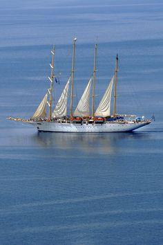 Santorini sailing yacht day cruise