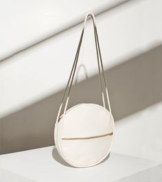 Circle Bag - chic minimalist accessories // Lotfi
