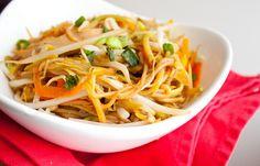Vegetarian Lo Mein by stayfordinner