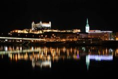 Night view on the castle and St Martin's cathedral