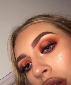 Discover more about eye makeup tips & tutorials Glam Makeup, Skin Makeup, Makeup Inspo, Makeup Inspiration, Beauty Makeup, Makeup Tips, Makeup Geek, Makeup Ideas, Makeup Blog