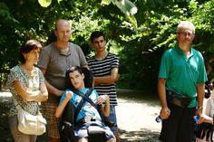 Tutti concentrati per ascoltare le chicche delle guide sugli animali dell'Oasi di Sant'Alessio. #bambini #famiglie #animali #disabilità #estate #oasisantalessio #FondazioneAriel