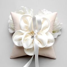 Pillow with unique flower