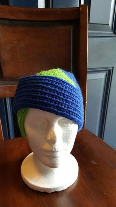 Check out this item in my Etsy shop https://www.etsy.com/listing/254061923/knit-split-headwrap-royalspring-green