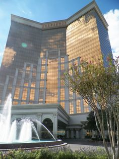 The Horseshoe Casino in Shreveport LA. I Wanna check this place out too while we here!v lol show me the $$ danie ahart anderson
