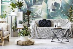 Plants in Your Home: The Urban Jungle Trend Decoration Plante, British Garden, Wall Murals, Bean Bag Chair, Home And Garden, Contemporary, Blanket, Pillows, Living Room