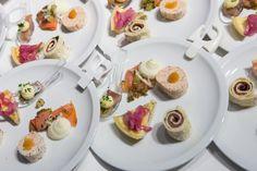 Welcome Reception Gothenburg, Panna Cotta, Reception, Ethnic Recipes, Food, Dulce De Leche, Essen, Receptions, Meals