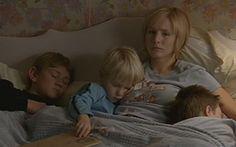 29 april 2013 Maar … .Foto: Kristen Bell maakt als Gracie Thompson  in Gracie's Choice<(TV 2004) ouderschapskeuzes die ze neit had hoeven maken als haar ouders de juiste keuzes hadden gemaakt.