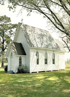 chapel in Bertie County, NC, photo by Beth Yarbrough