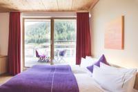 Booking.com: Skihotel Galzig , Sankt Anton am Arlberg, Österreich - 158 Gästebewertungen . Buchen Sie jetzt Ihr Hotel! Curtains, Home Decor, Blinds, Decoration Home, Room Decor, Draping, Home Interior Design, Picture Window Treatments