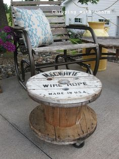Super cool spool ottoman or side table, by Chipping with Charm, featured on I Love That Junk