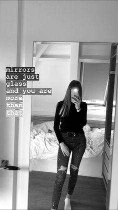 Instagram Selfies, Snapchat Selfies, Cute Instagram Pictures, Ideas For Instagram Photos, Cool Instagram, Snapchat Quotes, Friends Instagram, Creative Instagram Stories, Instagram And Snapchat