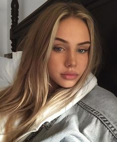 Natural makeup looks Beauty Makeup, Hair Makeup, Hair Beauty, Eye Makeup, Model Tips, Scarlett Leithold, Pretty Face, Pretty People, Blonde Hairstyles