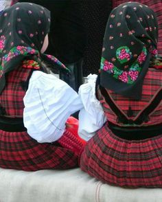 Folklore, Identity, Costumes, Art, Art Background, Dress Up Clothes, Fancy Dress, Kunst, Performing Arts