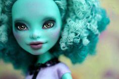 Monster High Honey Swamp Repaint Doll