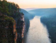 100%™ Big Cliffs. The Ay River, Urals