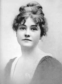 Rose O'Neill // she's as pretty as her Kewpies