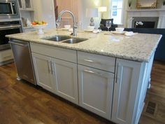 L and L of Raleigh built this custom kitchen . Bella Casa Verona, Apex