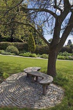 Ideas Garden Bench Plans Side Yards For 2019 Garden Bench Plans, Outdoor Garden Bench, Garden Seating, Outdoor Gardens, Garden Benches, Garden Sofa, Amazing Gardens, Beautiful Gardens, Garden Art