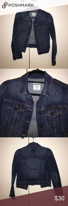 Old Navy jean jacket Denim long sleeve jean jacket from Old Navy Old Navy Jackets & Coats Jean Jackets