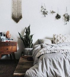 headboard-alternatives-white-bedroom-with-plants-hanging