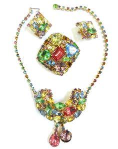 Vintage Parures @ Ruby Lane - Ginormous Pastel Vintage 50s Necklace, Earrings & Brooch