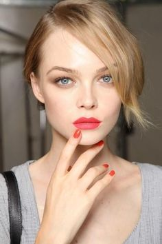 lip color for fair skin and blonde hair - Google Search