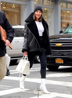 Retail therapy: Olivia Culpo treated herself to a shopping trip in NYC's SoHo district on . The smiling actress and former Hiss Universe dropped into designer Alexander Wang's store in the SoHo district of New York City on the hunt for shoes on Friday. Winter Outfits For Teen Girls, Winter Outfits For Work, Winter Fashion Outfits, Autumn Winter Fashion, Fall Outfits, Winter Fashion Street Style, Nyc Winter, New York Winter Outfit, New York Winter Fashion
