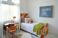 I LOVE this little girls room! need to make Ivie's Room Happy Girl Sign.
