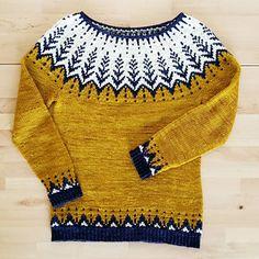 Vintersol by Jennifer Steingass, knitted by LaMindi Fair Isle Knitting Patterns, Sweater Knitting Patterns, Hand Knitting, Icelandic Sweaters, Granny Square Crochet Pattern, Hand Knitted Sweaters, Knitting Accessories, Knitwear, Knit Crochet
