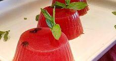 ΕΥΚΟΛΑ ΚΑΙ ΓΡΗΓΟΡΑ ΔΡΟΣΕΡΌ -ΔΡΟΣΕΡΟ !!!! Υλικά 3 κούπες χυμό καρπουζιού, 100 γραμμάρια ψιλοκομμένα κομματάκια καρπούζι, 2 ζελατίνες...