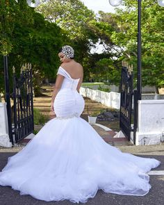 African Plus Size Wedding Dresses With One Shoulder Beads Mermaid Wedding Gowns Beautiful Wedding Gowns, Dream Wedding Dresses, Bridal Dresses, Wedding Dress Websites, Plus Size Wedding Gowns, Modelos Plus Size, Wedding Attire, Gown Wedding, Wedding Bride