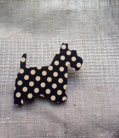 Polka Dot Pooch Wooden Doggy Brooch or any wooden shapes from craft store.
