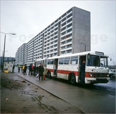 Ikarus 180 in Schwedt 1975 Europe Car, Poster Online, East Germany, Busses, Cold War, Places To Travel, History, Pictures, Life